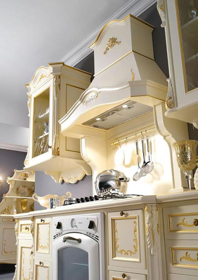 avete una cucina moderna dalle linee pulite un lampadario in ...